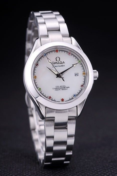 omega replique montre